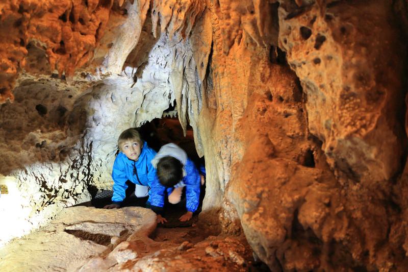 Sortie en famile, grotte, Limousin